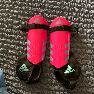 Girls Youth Adidas Ghost Size S Soccer Shin Guards